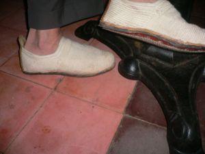 Hooman_shoes